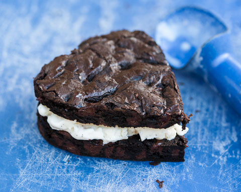 Chocolate Brownie Ice Cream Sandwiches | Flour Arrangements