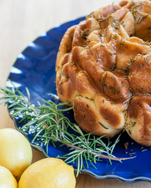 Rosemary Lemon Monkey Bread | flourarrangements.org