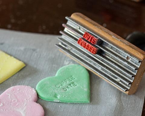 Conversation Hearts Cake   Flour Arrangements