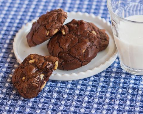 Double Chocolate Cookies   Flour Arrangements